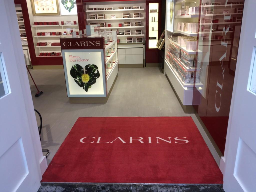 Clarins - Logo Mat